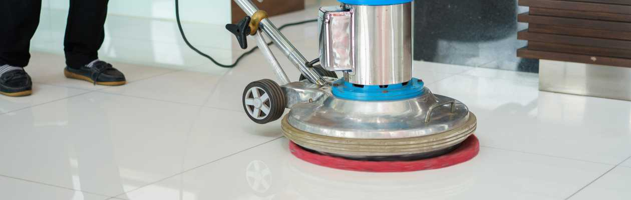 commercial cleaning chester image of a floor polisher